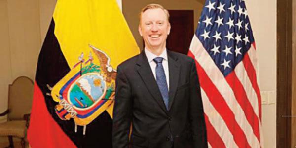 Entrevista a Michael j. Fitzpatrick, Embajador de EE.UU. en Quito ...